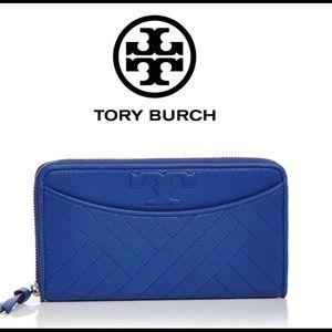 🎁 Tory Burch Alexa Zip Continental Wallet